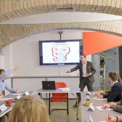 trainCo_Unterricht mit Ch. Wankat und Schülern
